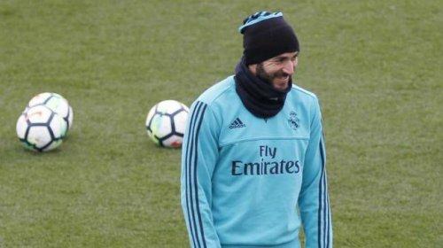 Benzema quera ir el equipo francs Didier Deschamps no ha sido posible el corazn de hierro no se