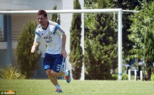 Messi hizo el talento no para comer?l es secretamente diligente de la pa