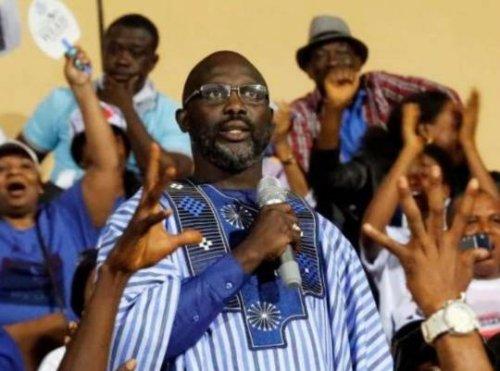 Jefes de Estado de la primera estrella.El globo de oro fue elegido Presidente de Liberia antes de Sr.